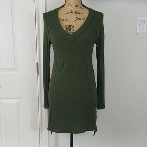 Deletta sweater dress sz M